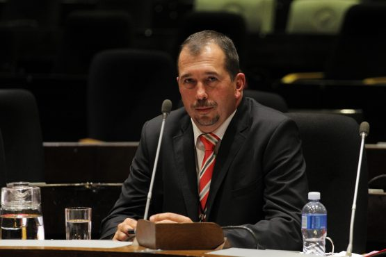 Former Ayo CEO Kevin Hardy testifying at the PIC Commission of Inquiry in April. Image: Moneyweb