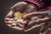Retirees risk running out of money a decade before death