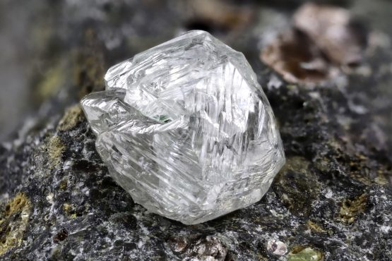 When the whistleblowing diamond diver started querying the prices received for rough diamonds, his contract was cancelled and his access to the site blocked. Image: Shutterstock