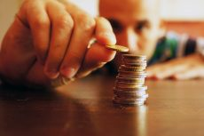 Income strategy for a living annuity