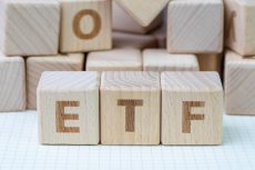 Will a rand- and dollar-denominated ETF have the same returns?