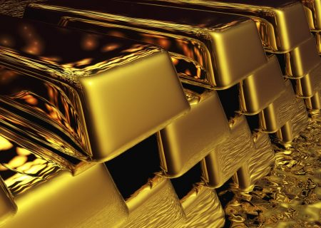 Gold's beauty contest may still have legs