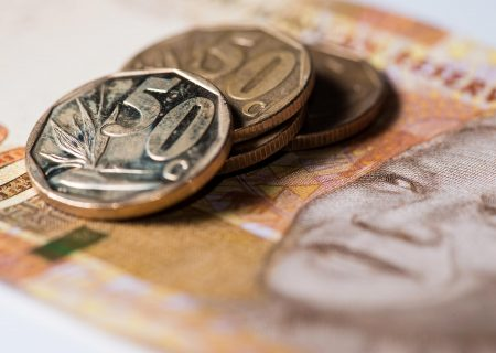 Rand weaker in early trade