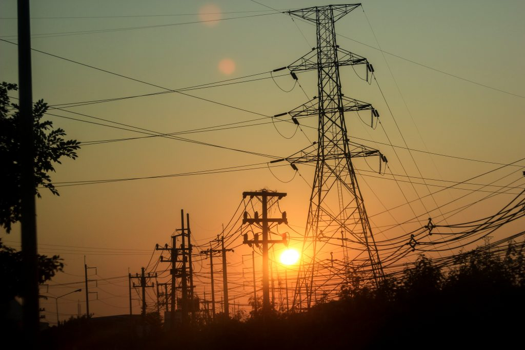 Eskom should be split, experts to tell president – sources