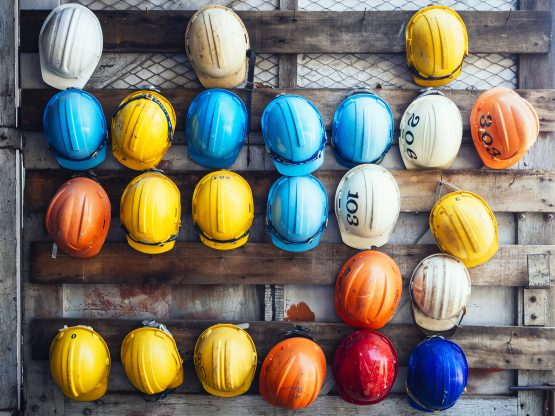 Contractors don't reap the same benefits as permanent workers, and are signing incomplete contracts. Picture: Shutterstock