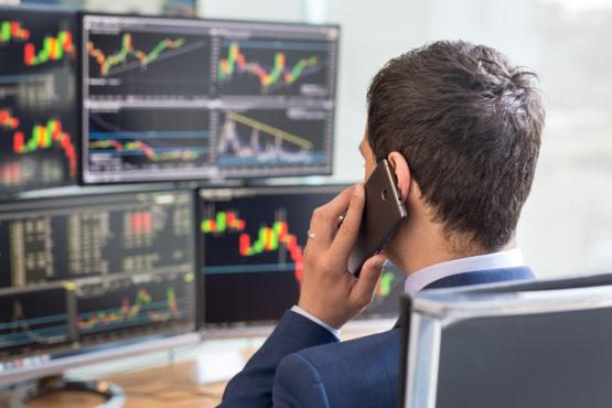 Being able to stand back and let any market madness pass you by is simple, though not necessarily easy. Image: Shutterstock