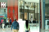 March retail sales slow to 2.8%