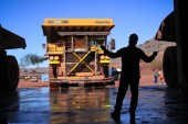 Anglo maintains output targets