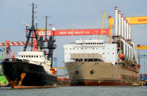 A barge stationed alongside a powership used for fuel storage. Image: Supplied