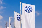 VW to spend $800m to produce E-cars on Tesla's home turf