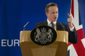 Cameron attacks Johnson in pitch for EU referendum 'stay' vote