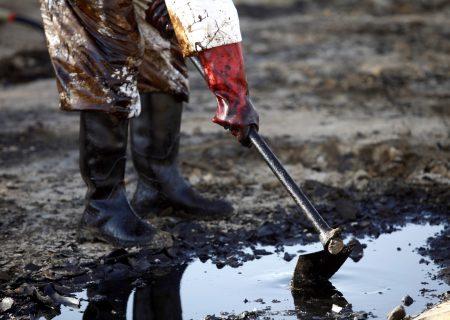 Oil set for longest gain since 2012