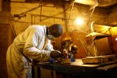 Anglogold Ashanti to raise $307m with SA mine sales