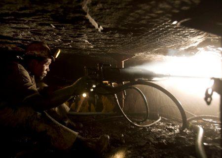 Platinum plunge ignites social unrest as villagers turn on mines