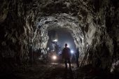 De Beers studies soaking up carbon into diamond-mine waste rock