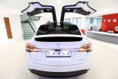 Tesla's Model X missing out on America's voracious SUV hunger