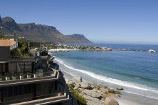 SA toon tekens van afplatting