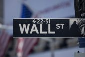 Wall St set to open flat ahead of Fed minutes