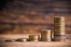 Investors put record $86bn into stock ETFs in February