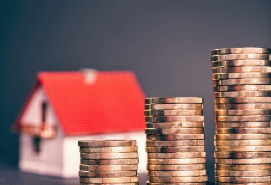 The highest interest saving – the difference between the highest and lowest interest rates offered by the banks – that Bondspark has been able to provide clients is 3.9%. Picture: Shutterstock