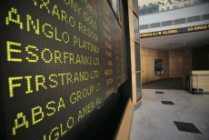 Foreign investors upbeat on SA stocks