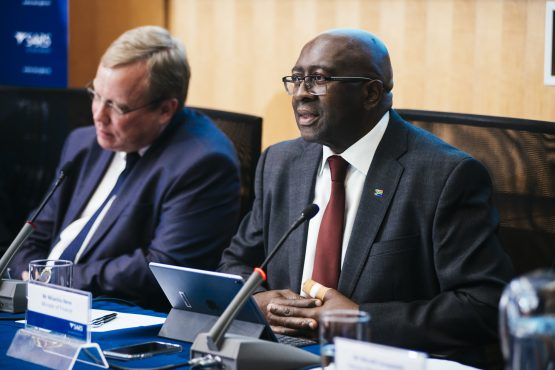 Mark Kingon, acting commissioner for the Sars, left, and Nhlanhla Nene, South Africa's finance minister, right. Picture: Bloomberg