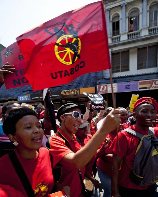 Cosatu has said it will fight Treasury's plan to cut the public sector wage bill. Image: Rogan Ward, Reuters