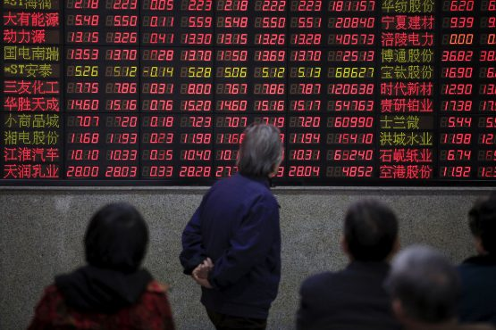 Emerging-market shares fall after a trade deal between the US and China once again appear elusive. Image: Aly Song, Reuters
