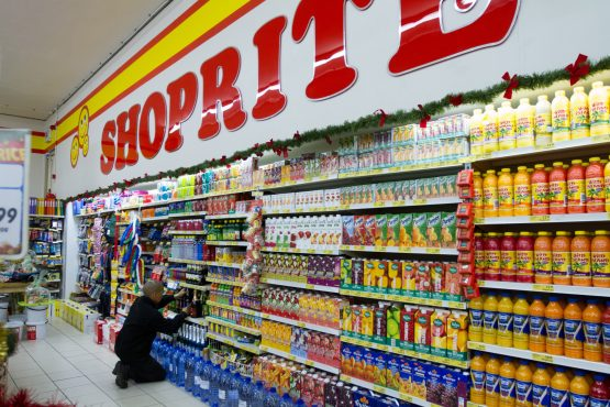 Shoprite's earnings drop to lowest in 10 years. Picture: Dean Hutton, Bloomberg