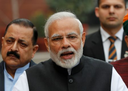Modi considers cheap loans, other help for small Indianbusinesses – sources