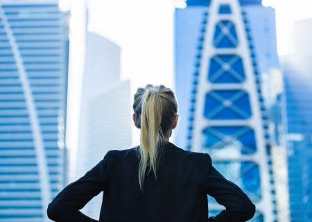 'Women make better investors'