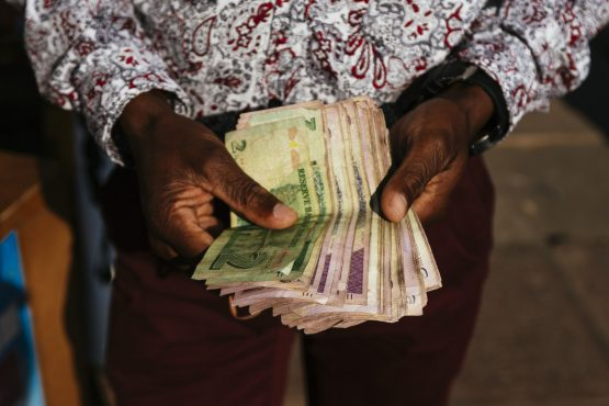 Zimbabwe's new currency has been on a downward frenzy since being introduced in February. Image: Waldo Swiegers, Bloomberg