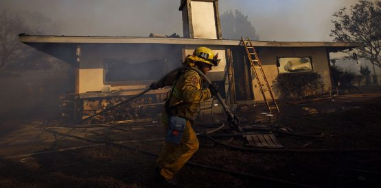 Firefighters in the US, although earning a median annual income of just under $50 000, ranks highest for job satisfaction, according to stats. Picture: Patrick T. Fallon, Bloomberg