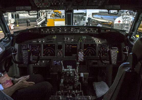 More than 1 300 jets registered in the US were equipped with cockpit screens vulnerable to interference from Wi-Fi and mobile phones, according to the FAA. Picture: Bloomberg