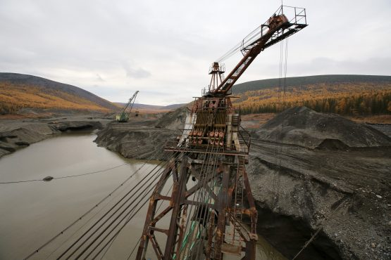 Water from the dam collapse damaged temporary shelters where miners were asleep. Image: Andrey Rudakov, Bloomberg