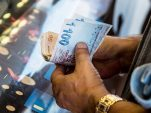 Valutareserwes val, maar 'n sterker goudprys help so bietjie