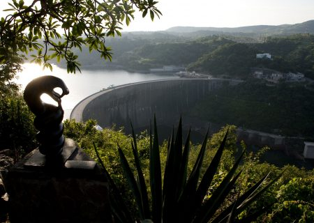 World's biggest reservoir may stop power output amid drought