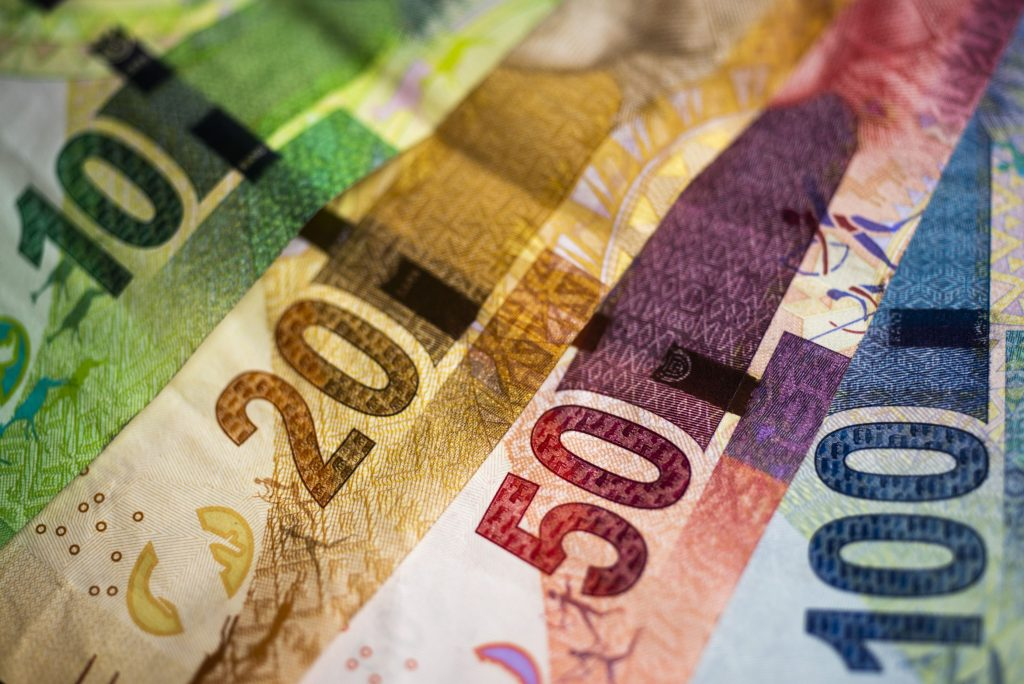 Rand creeps up after slipping to two-month low
