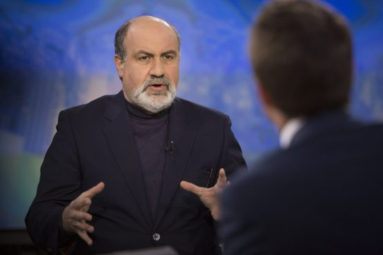 Taleb argues that admission to the S&P 500 is the start of a suicide process for companies. His reasoning also explains why family businesses survive longer – the owners are punished for faulty decisions. Image: Scott Eells, Bloomberg