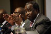 Cosatu vra Tito Mboweni om werkers toe te laat om toegang tot hul pensioengeld te kry