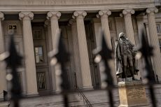 Fed's new repo measures followed a $100bn Treasury exodus