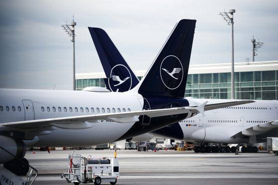 Lufthansa in advanced talks for state rescue deal worth about $10 billion