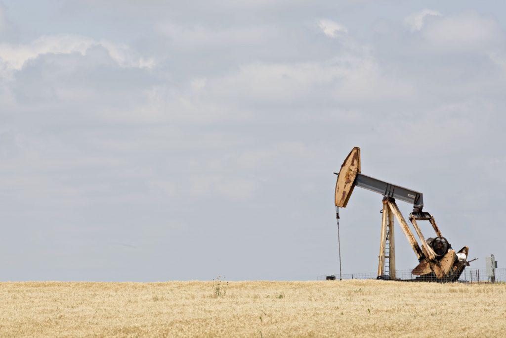 Oil rises toward five-month high on shrinking US stockpiles