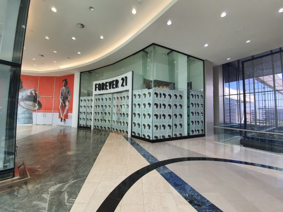 Not quite forever … the Forever 21 store at Mall of Africa as it looks today. Image: Suren Naidoo, Moneyweb