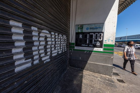 A closed liquor store due to Covid-19 restrictions, in Cape Town. Image: Bloomberg