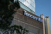 Tencent's slide leaves China with no stocks in global top 10