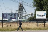 Sibanye says AngloGold, Gold Fields fit acquisition strategy