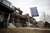 Housing-bubble fear spurs Canada to weigh tighter mortgage rules
