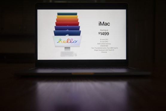Pricing for the Apple iMac computer during the Spring Loaded virtual product launch in Tiskilwa, Illinois, US, on Tuesday, April 20, 2021. Image: Daniel Acker/Bloomberg