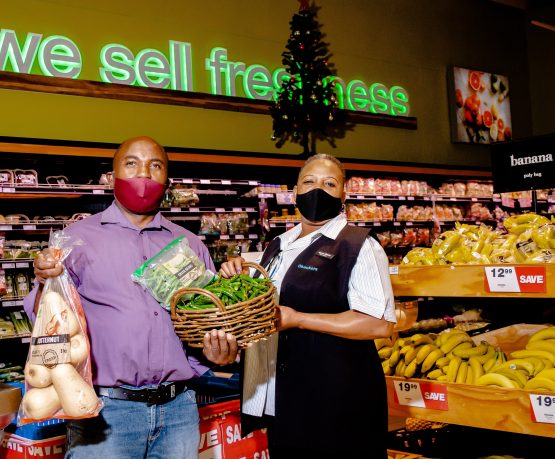 Green fingers - Kepas Melodi and Checkers Hazyview Branch Manager Agnes Maluka. Image: Supplied